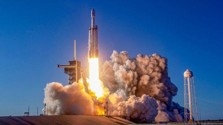 SpaceX запустит в космос прах людей