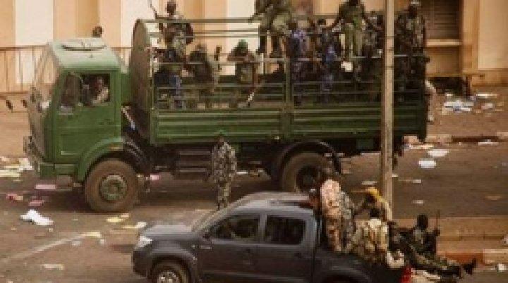 Вооруженное нападение в Мали: погибли почти 100 человек