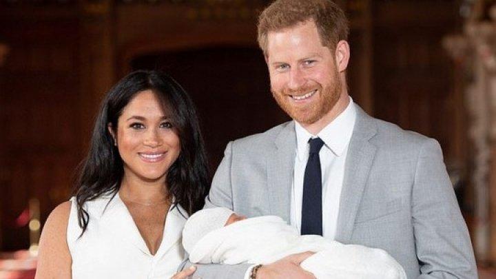 В честь Дня отца Меган Маркл и принц Гарри показали новое фото своего сына Арчи