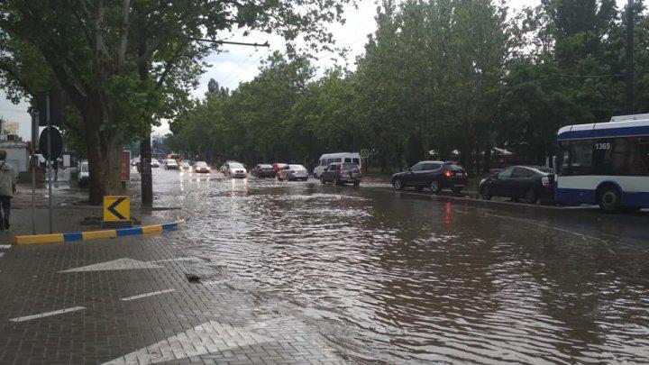 В столичной мэрии обсудили ситуацию в городе после утренних ливней