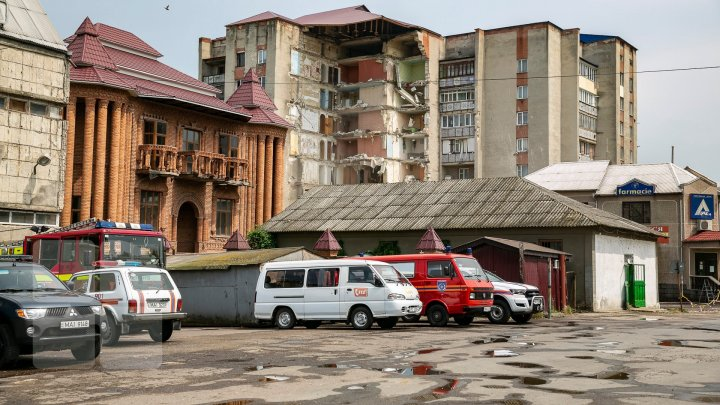 """""""Мы остались на дороге"""": жильцы рухнувшего в Атаках дома обижены на власти"""