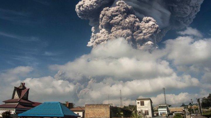 В Индонезии произошло извержение вулкана Синабунг