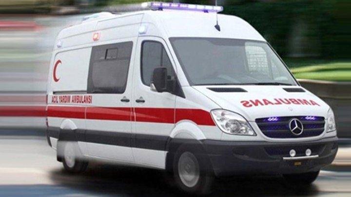 Поезд столкнулся с микроавтобусом в Турции, есть погибшие