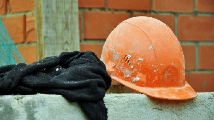 В столице мужчина умер от жары прямо на рабочем месте