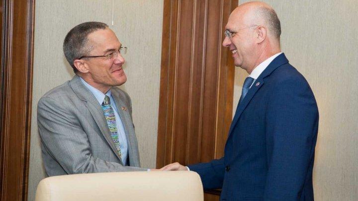 Брэдли Фреден на встрече с Павлом Филипом: США будет и впредь поддерживать Молдову в реализации демократических реформ