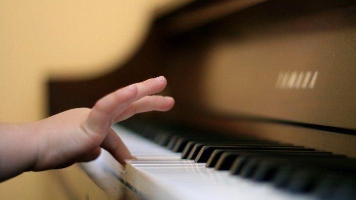 Ученые раскрыли связь между музыкой, математикой и хорошей учебой