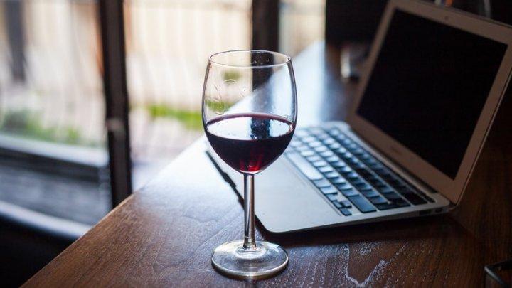 Граждане Молдовы в целях экономии времени заказывают вина онлайн