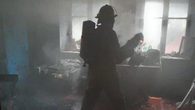 В Каушанском районе спасли из пожара двух детей