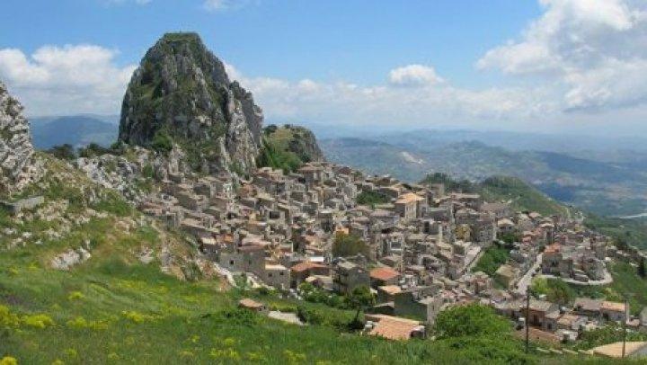 На Сицилии хотят возродить город-призрак
