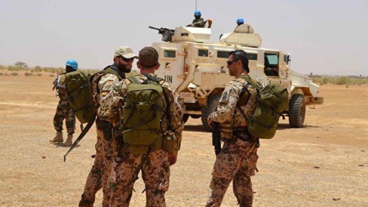 Автомобиль ООН подорвался в Мали: 10 миротворцев ранены
