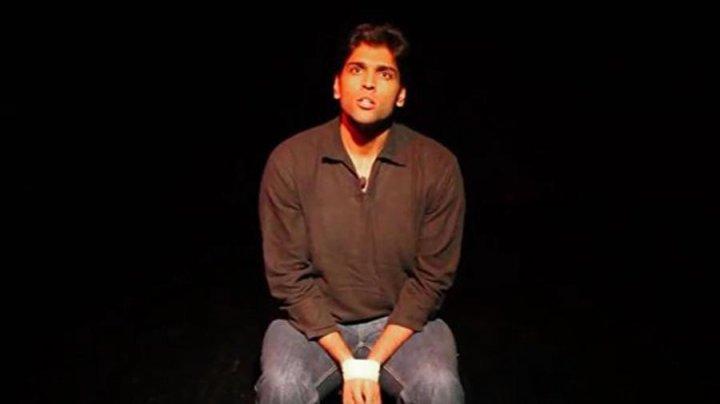 Смерть стендап-комика на сцене в Дубае приняли за часть представления
