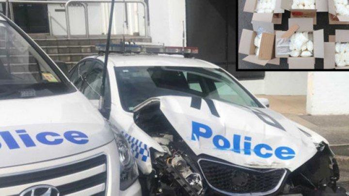 В Австралии мужчина протаранил полицейскую машину фургоном, набитым наркотиками