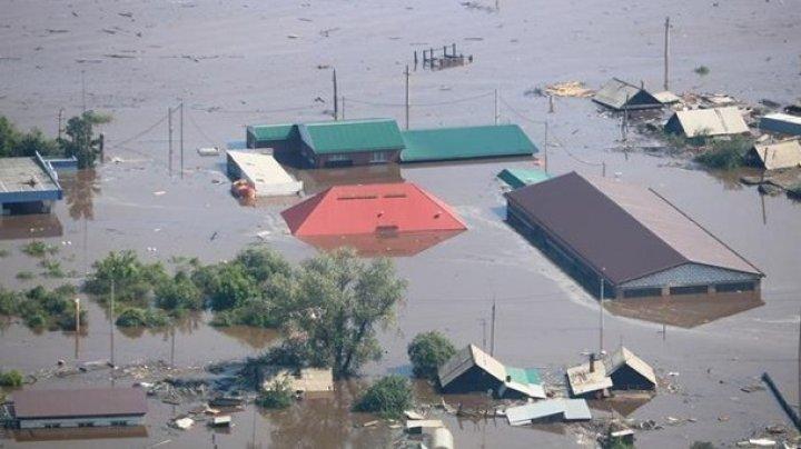 В России число погибших при наводнении достигло 18 человек