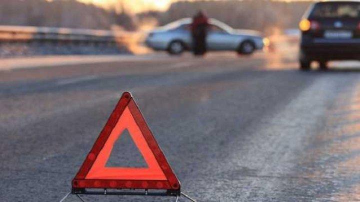 Три человека погибли при столкновении маршрутки с грузовиком под Брянском