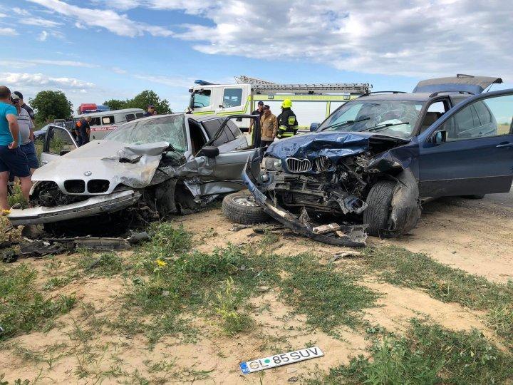 Авария на трассе Джурджулешты-Кагул: столкнулись два BMW (фото)