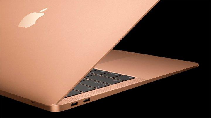 Apple бесплатно починит MacBook Air 2018 года