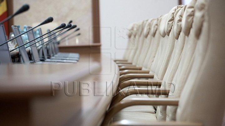 Кабмин одобрил проект о продлении патентов на торговлю
