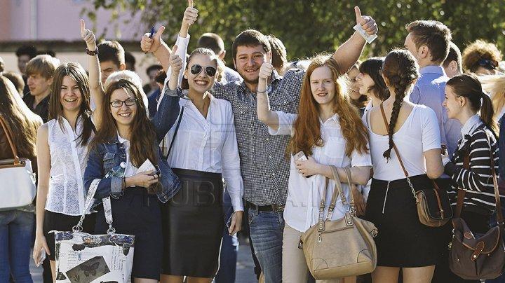 На 10% ежегодно сокращается число абитуриентов средне специальных учебных заведений