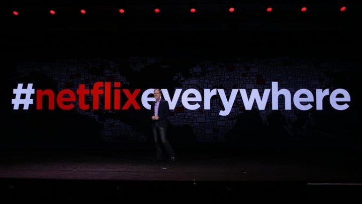 Netflix откажется от сцен с курением в фильмах и сериалах, разрешенных для детей