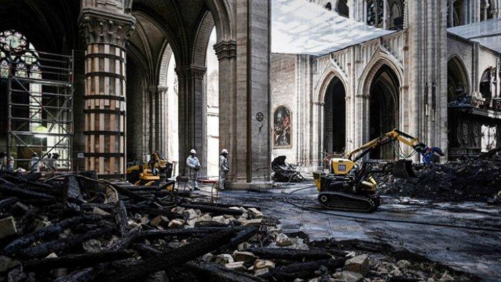 СМИ: на реконструкцию собора Нотр-Дам собрали €38 млн пожертвований