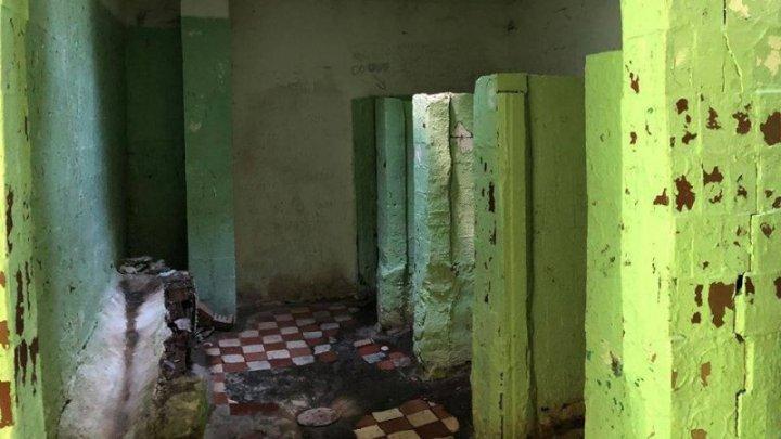 Вековая проблема - жуткие туалеты: Из 17 общественных WC Кишинева работают только 13