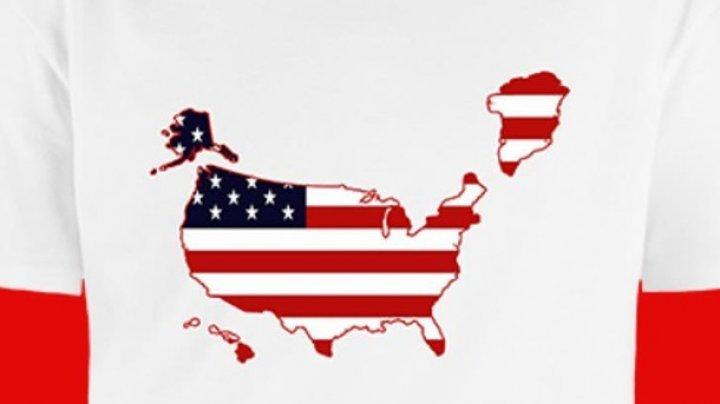 """В Конгрессе США выпустили футболки с """"американской Гренландией"""""""