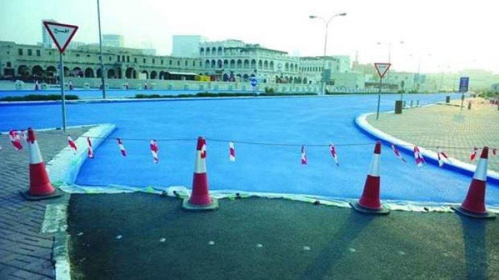 В Катаре начали красить улицы в голубой цвет для охлаждения