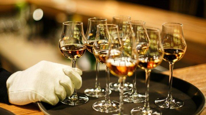 """Ученые создали """"искусственный язык"""" для дегустации виски"""