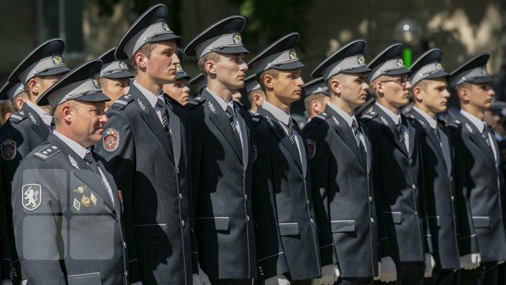 День открытых дверей во 2-ой моторизированной пехотной бригаде Штефана чел Маре