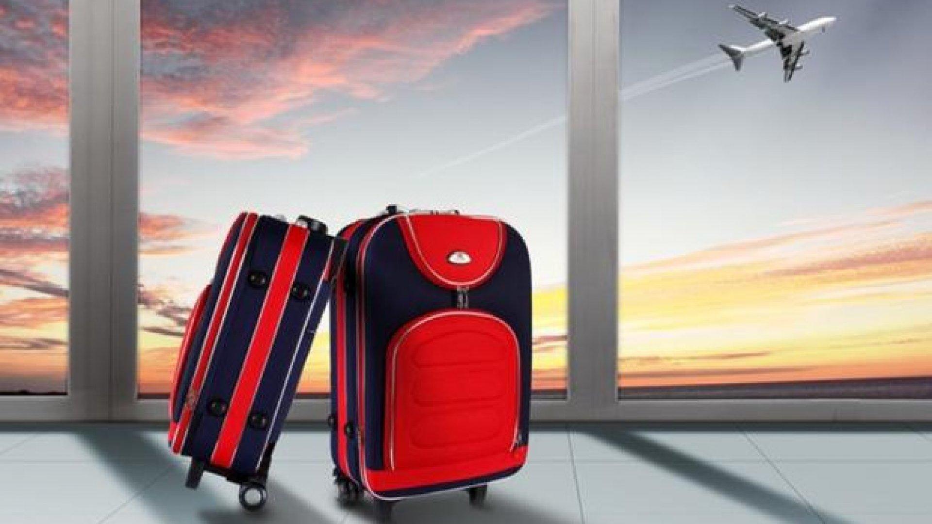 чемодан с картинками самолет верили