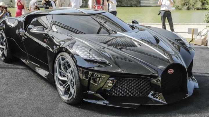 Новый Bugatti за $18,7 млн был куплен анонимным покупателем (фото)