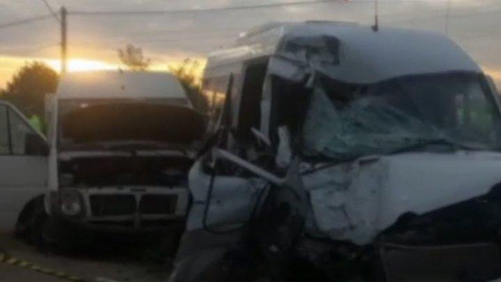 Серьезная авария в Румынии: 14 граждан Молдовы госпитализированы
