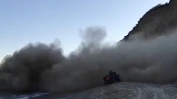 Под Одессой на побережье произошел оползень (видео)
