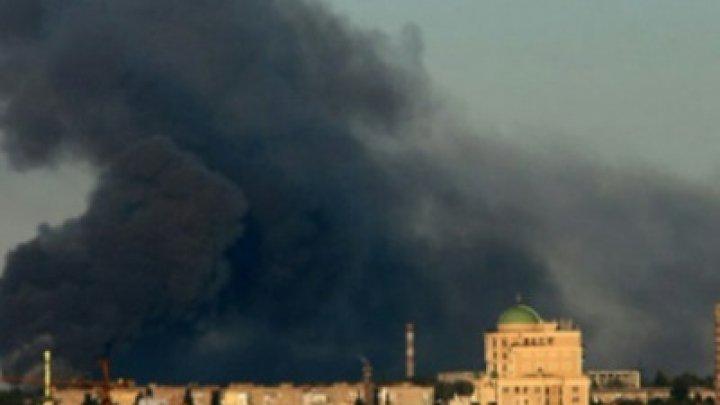 В Донецке горит склад боеприпасов, слышны взрывы