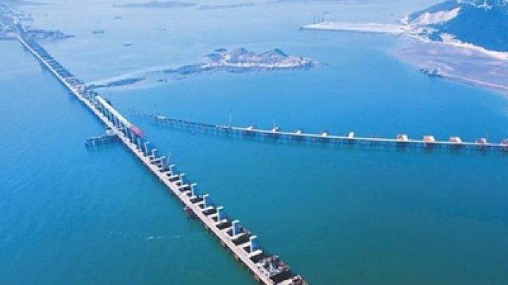 В Китае построили самый длинный в мире мост