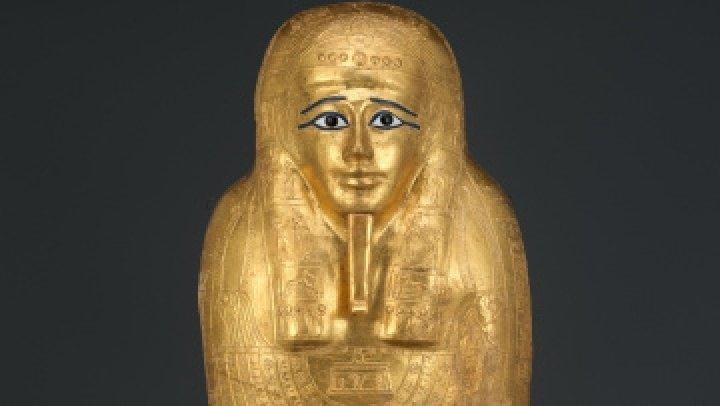 США вернули Египту похищенный в 2011 году саркофаг: Метрополитен-музей приобрел его по поддельным документам