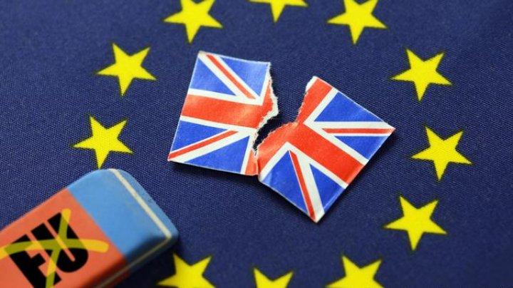 Закон об отсрочке Brexit вступил в силу