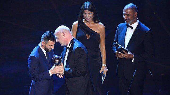 ФИФА назвала Лионеля Месси лучшим игроком сезона