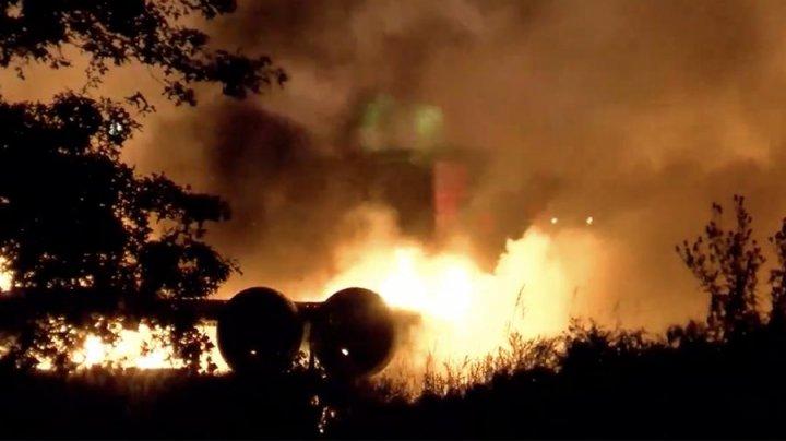 В США упал и загорелся грузовой самолет