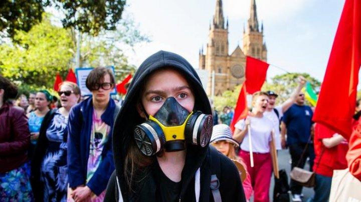 """В центре Вашингтона """"зеленые"""" активисты устроили транспортный коллапс"""
