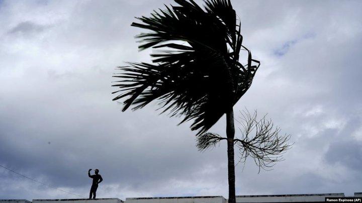 """Ураган """"Дориан"""": число пропавших без вести уменьшилось до 1300"""
