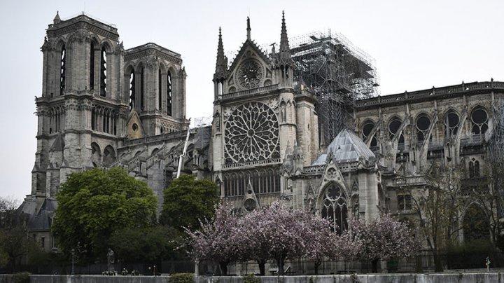 Нотр-Дам впервые после пожара ударит в колокол в память о Жаке Шираке