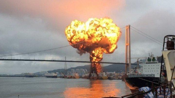 Пожар на нефтяном танкере в Южной Корее: пострадали 18 человек