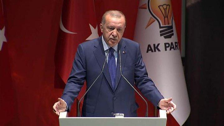 Турция грозит Евросоюзу открыть двери для беженцев, если не получит обещанную финансовую помощь