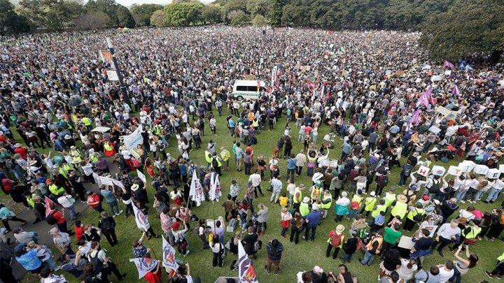 В Австралии 300 тысяч человек вышли на глобальную акцию в защиту климата