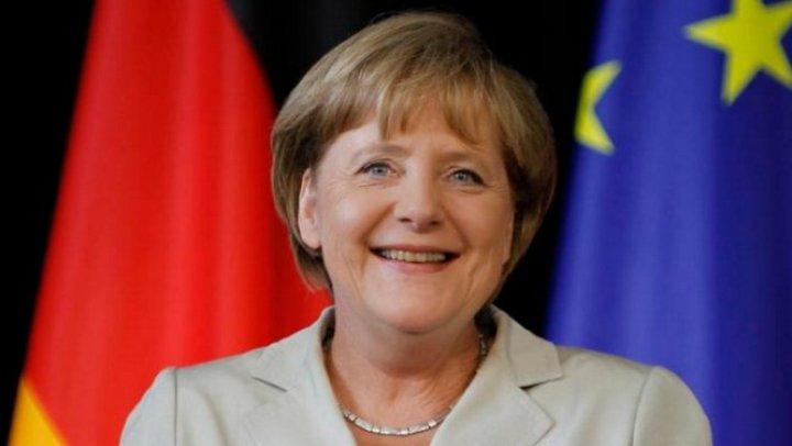 """Меркель рассказала о подготовке к саммиту """"нормандской четверки"""""""