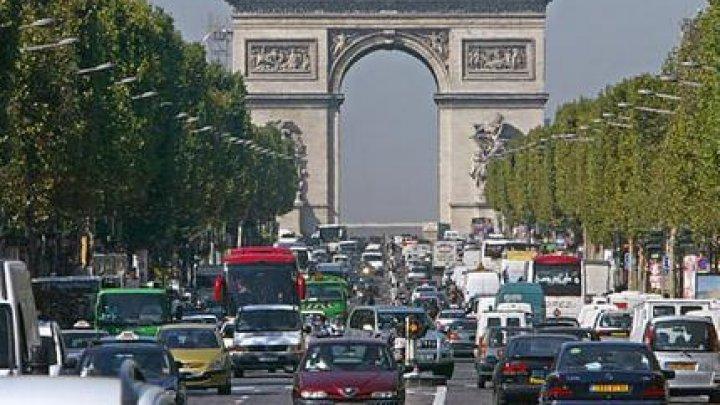 В Париже и его пригородах из-за забастовки образовались пробки длиной почти в 300 км