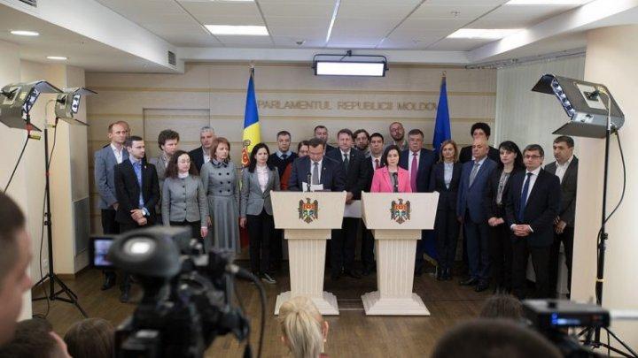 """Соглашение с ПСРМ """"приносит плоды"""": два депутата могут покинуть блок ACUM"""
