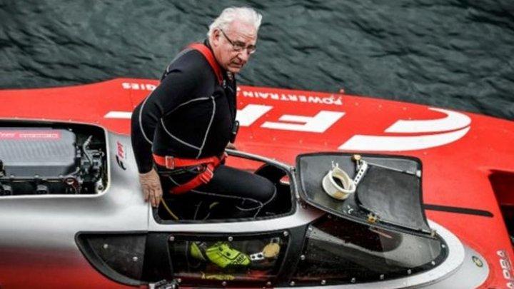 Трагедия во время гонки: 76-летний пилот погиб, ставя новый рекорд