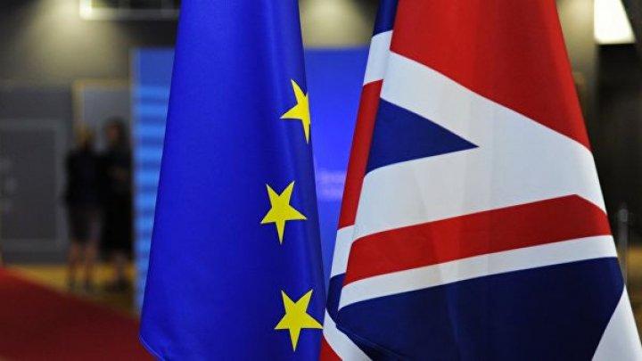 Палата лордов утвердила проект о переносе Brexit